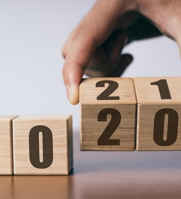 Calendar showing 2020 and 2021