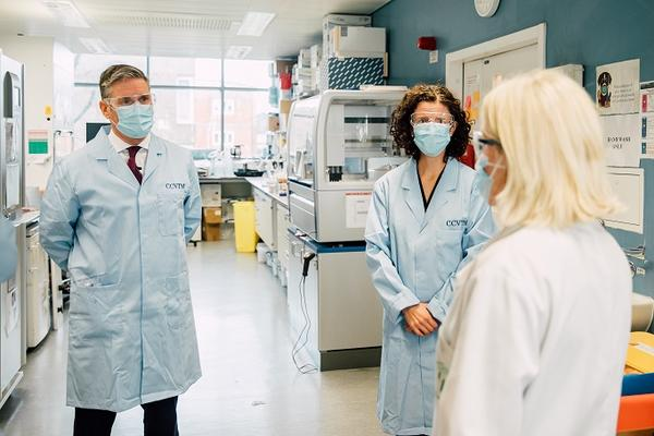 Sir Keir Starmer MP and Anneliese Dodds MP visit the University of Oxford